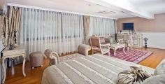 grand-deluxe-room4